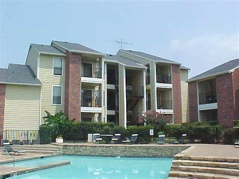 Apartment Near Dallas Apartments Near Doctors Hospital At White Rock Lake 9330