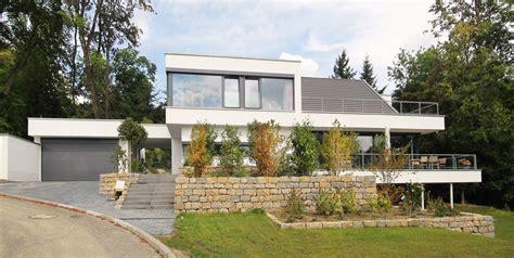 Architektenhaus Satteldach Modern by Modernes Satteldachhaus Im Taunus Bauen