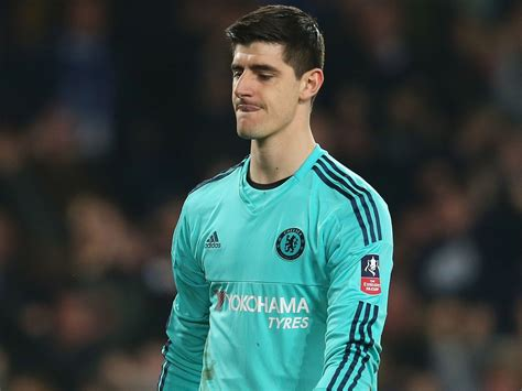 chelsea keeper thibaut courtois transfer news chelsea goalkeeper in row
