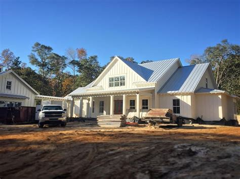 single farmhouse plans 17 best ideas about white farmhouse exterior on