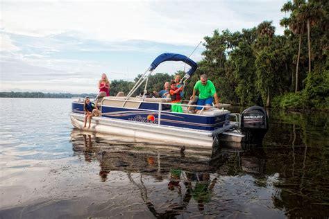 bass pro shop used pontoon boats bass pro shops news releases 2014 sun tracker pontoon