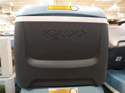 igloo maxcold 62 qt rolling cooler igloo maxcold 62 qt rolling cooler
