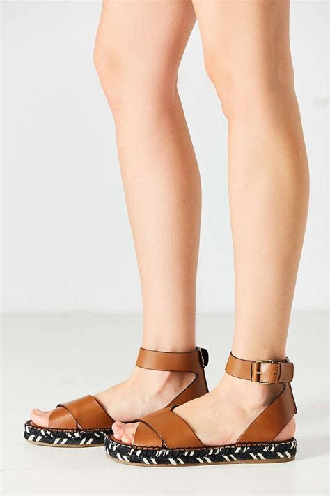 Sandal Gladiator Pria 19 19 best images about sam edelman on shoes heels flats and espadrilles
