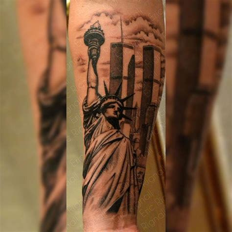 ny tattoo 25 best ideas about new york on nyc