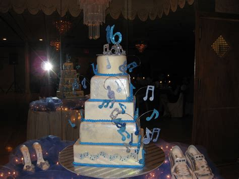 sweet 16 songs for 2015 sweet 16 cake musical notes theme cakecentral com
