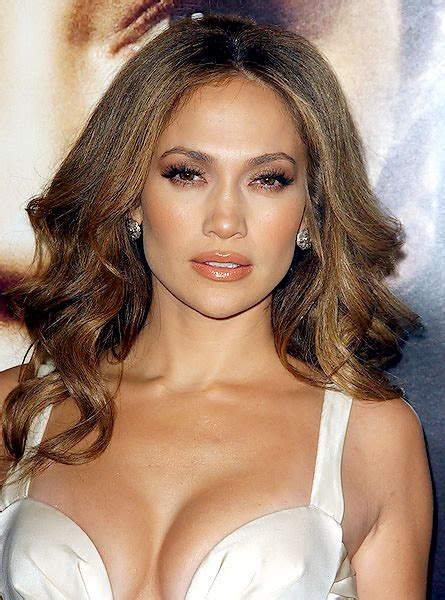 what lipgloss does jennifer lopez wear on american idol make up ideas for this party season