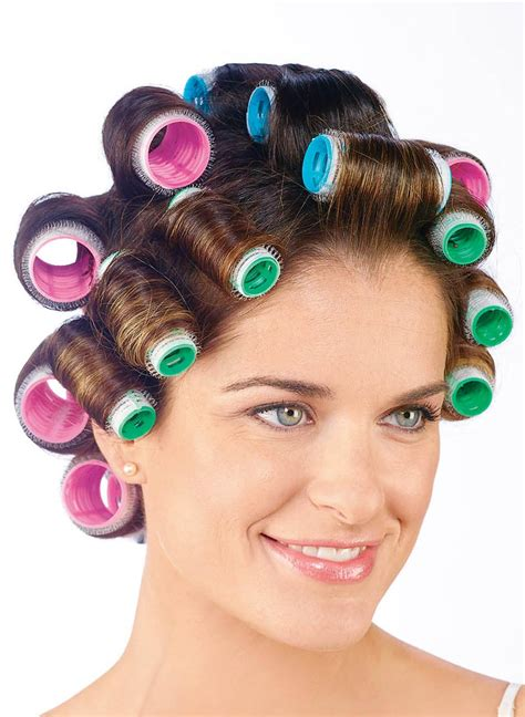 how to put rollersin extra short hair how to use hair curlers rollers short hairstyle 2013