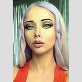 Valeria Lukyanova Smiling | 214 x 317 jpeg 11kB