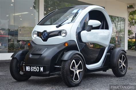 renault malaysia renault twizy ev launched in malaysia from rm72k image 369348