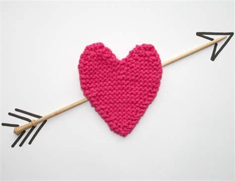 heart pattern in knitting knitted heart pattern woman s weekly