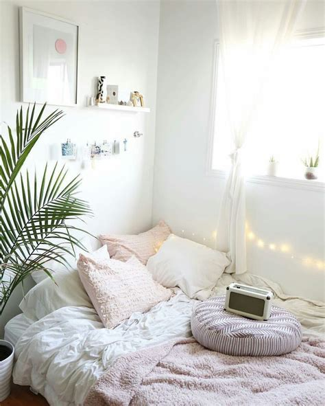 bedroom inspo best 20 minimalist room ideas on pinterest minimalist