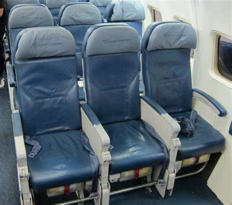 Delta Boeing 757 Economy Comfort delta economy comfort review is it worth it the points