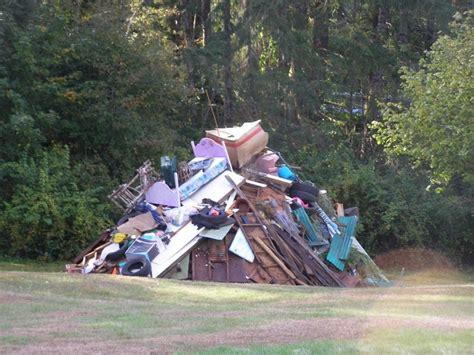 backyard and landclearing burning
