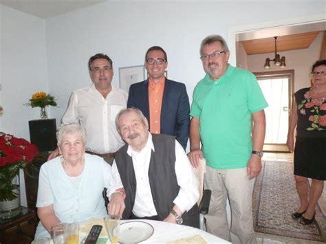 Hochzeit 65 Jahre Verheiratet by 65 Jahre Verheiratet Eisernes Hochzeitsjubil 228 Um In
