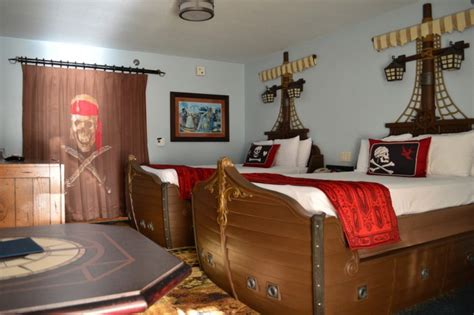 caribbean resort pirate room saturday six six reasons we disney s caribbean resort touringplans