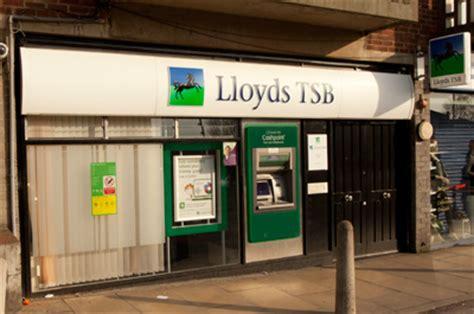 tbs bank uk lloyds tsb bank shopping in moortown leeds ls17 6py