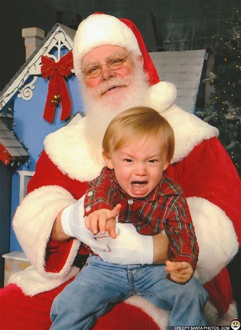 scared  santa funny weird  scary santa pics vids creepysantaphotoscom