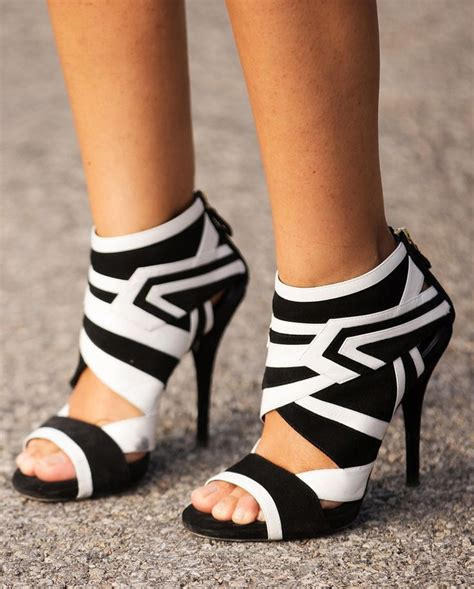 black and white high heels 40 ways to make black and white work for you trendy