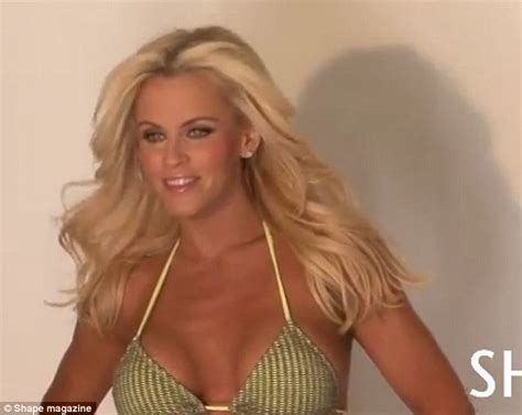 jenny mccarthy not real blonde jenny mccarthy abs secret blonde flaunts her washboard
