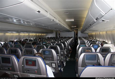 747 400 Interior Pictures by Picture Suggestion For Cathay Pacific 747 Interior
