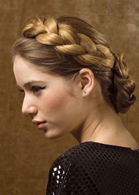 tutorial kepang rambut pesta gaya rambut ini sangat cocok untuk pesta dansa dan pernikahan