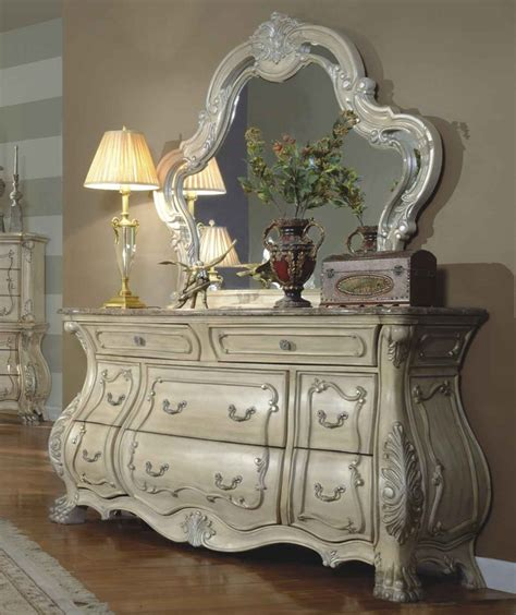 opera victorian bedroom furniture antique white victorian style antique white master bedroom set with