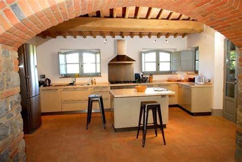 pavimenti cucina come scegliere il pavimento cucina pavimento da interni