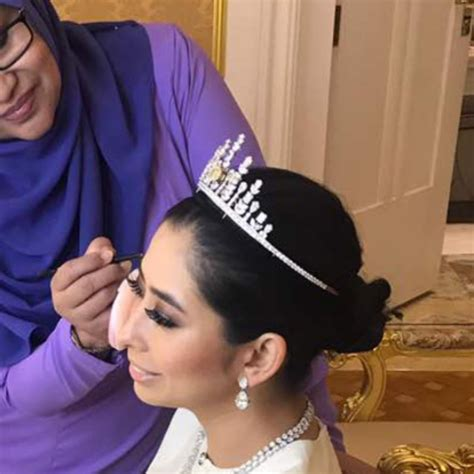 Makeup Saidatulnisa tatlergrams of the week wedding of tunku tun aminah sultan ibrahim various locations