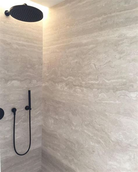 travertine bathroom tile ideas best 25 travertine shower ideas only on