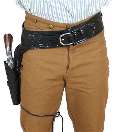 Blackhawk Set Brown 38 357 cal western gun belt and holster rh draw