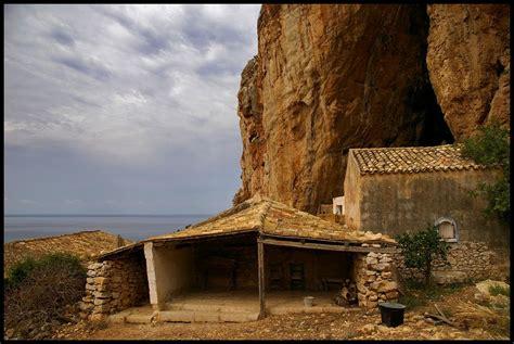 il cortile custonaci custonaci grotta mangiapane mapio net