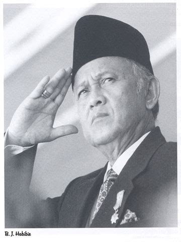 the biography of bj habibie august 2008 life story