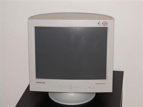 Monitor Samsung Syncmaster B1630 samsung syncmaster 957p crt pc