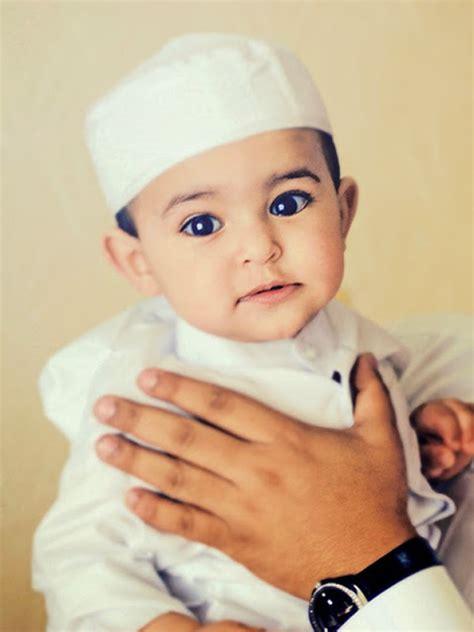 Jilbab Bayi Arab jepang istri selingkuh dengan foto