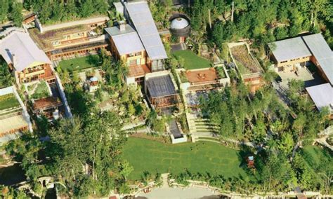 10 facts about bill gates house you may not