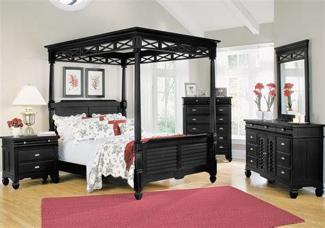 bedroom sets with canopy beds bedroom furniture plantation cove black canopy queen bed kylie s bedroom