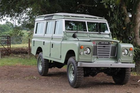 land rover defender safari 1974 land rover 109 safari pre defender 90 110
