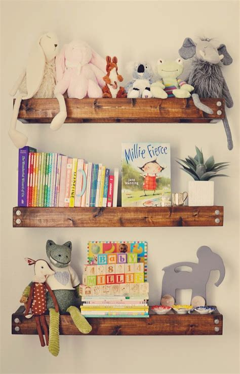 shelves baby room 25 best ideas about nursery shelving on