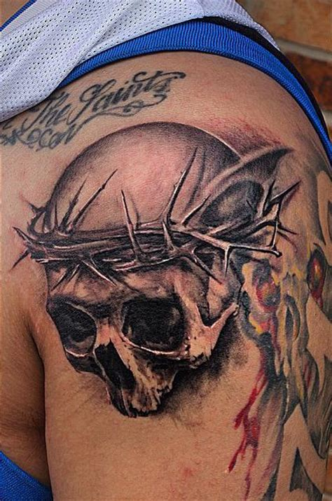 tattoo black and grey skull black and grey skull tattoo by capone tattoos
