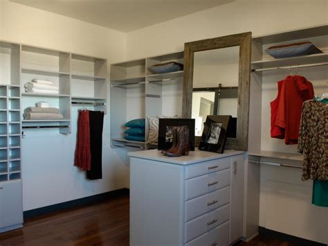 Walk In Closet With Center Island by Hgtv Home 2010 Master Closet Pictures And