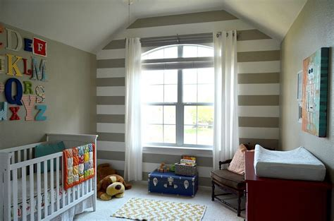 striped rooms 20 chic nursery ideas for those who adore striped walls