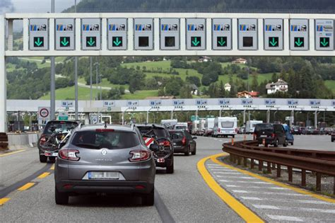 Autoversicherungen In Frankreich by Mautsysteme In Europa Spiegel