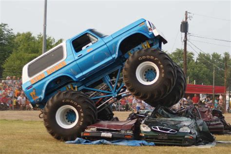 Image Gallery Old Monster Trucks