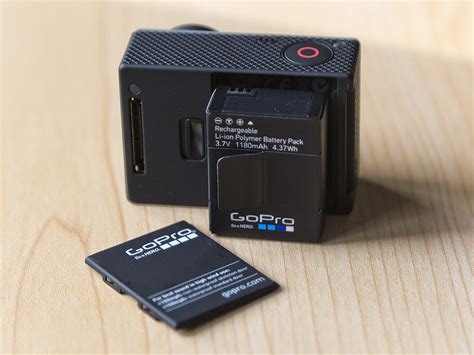 Batere Go Pro Hero3 on with the gopro 3 black edition digital