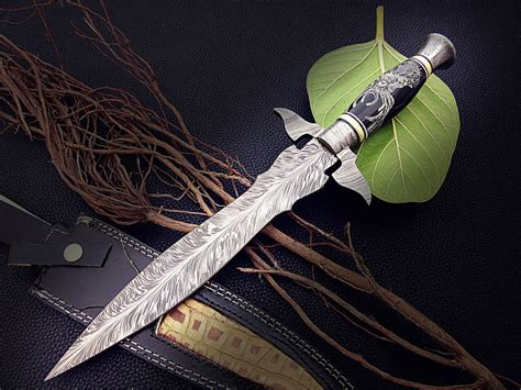 feather pattern chef s knife 14 quot damascus steel dagger knife rose wood