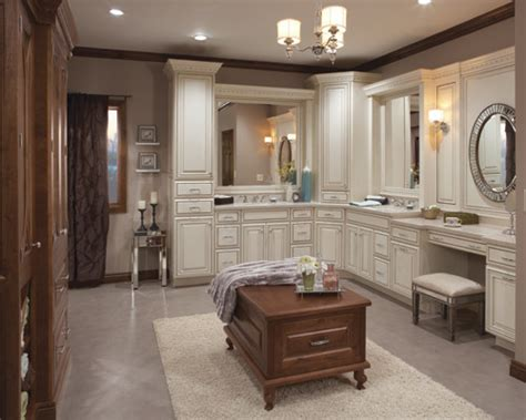 medallion cabinetry traditional cherry and paint