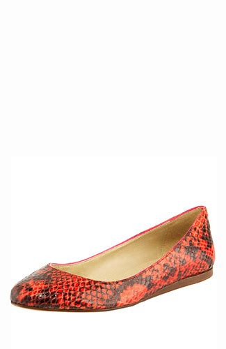 High Heels Hak Tahu Krd20 Hitam 21 ragam flat shoes untuk sempurnakan gaya 3