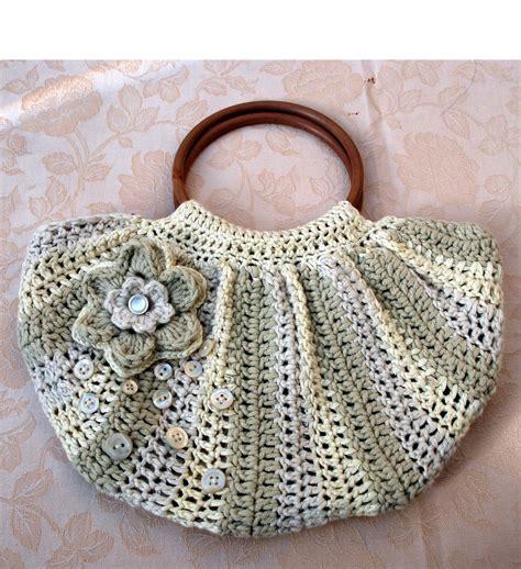 Per Unas Silk Floral Handbag by It S Bag Time Limoncello