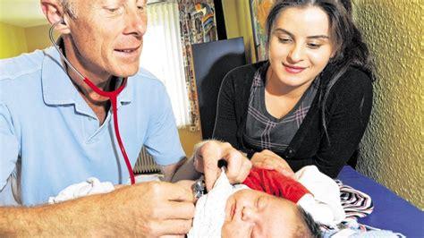 wann fieber senken baby kindergesundheit fieber beim s 228 ugling wann der