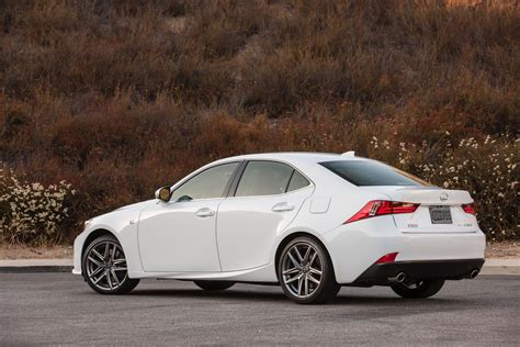2016 Lexus Is Gets New 241hp 2 0l Turbo Four 255hp V6